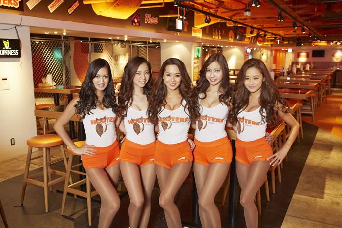 HOOTERSが東京競馬場に期間限定で登場!