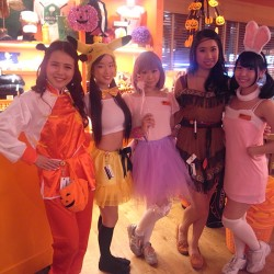HOOTERS GIRLハロウィン仮装コンテスト結果発表!