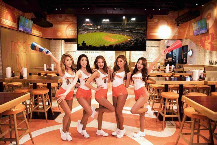 10月20日(金)新宿西口店にて「ソフトバンクホークス・クライマックスシリーズ第3戦」パブリックビューイングイベントを開催!